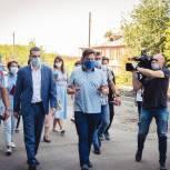 Илья Леонтьев проверил качество ремонта внутриквартальных проездов и дворов в Томске