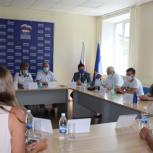 В Республике Алтай для помощи медикам и гражданам создан Единый волонтерский штаб