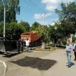 Ремонт дорог в микрорайоне «Черемошники» начался по инициативе депутата Олега Правдина