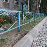 В Кандалакше активно благоустраивают дворы