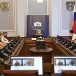 Депутаты проработали инициативу о возможности повышения туристического кешбека для неработающих пенсионеров