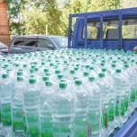 Партию питьевой воды передали хабаровские волонтеры врачам ковидного госпиталя