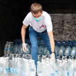 Активисты единого волонтерского штаба доставили воду в больницы в регионах