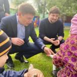 Партийцы с подарками посетили дом ребенка в Подольске