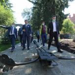 Областной депутат оценил ход работ по благоустройству Сквера Памяти в Томске