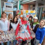 Волонтеры и молодогвардейцы Колымы провели серию акций ко Дню эколога