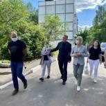 Единороссы проверили работы по благоустройству в Солнечногорске