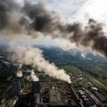 Госдума единогласно приняла закон с поправками «Единой России» о регулировании вредных выбросов во всех городах с загрязненным воздухом