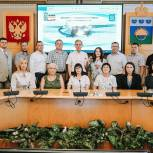 Жители Заводоуковска обсуждают инициативу единороссов по установке памятника в виде десантного планера А-7
