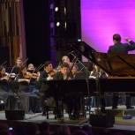 В Уфе в рамках благотворительного проекта «Время высокой музыки» состоялся концерт Дениса Мацуева