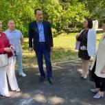 Сергей Керселян проверил качество работ по благоустройству дворовых территорий в Ивантеевке
