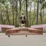 После реставрации в Кузьминках открылся памятник «Воину-Победителю»