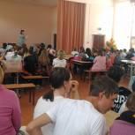 Фестиваль школьников в честь Дня России прошел в Октябрьском районе
