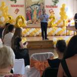 Александр Удалов поздравил саратовских выпускников с окончанием школы