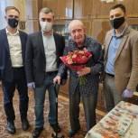 Единороссы Таганского района помогли ветерану Великой Отечественной войны восстановить 15 орденов и медалей