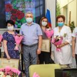 Мытищинские единороссы поздравили медицинских работников с профессиональным праздником