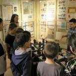 В Красноселькупском музее под эгидой «Единой России» прошла выставка юного скульптора