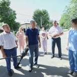 Николай Панков попросил вольчан помочь контролировать качество ремонта тротуаров