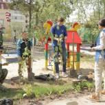 «Единая Россия» оказала содействие в озеленении территории детского сада в Ноябрьске