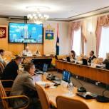 В Тюменской облдуме обсудили развитие детского допобразования