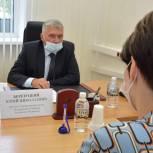 Депутат Госдумы Юрий Березуцкий ответил на вопросы хабаровских пенсионеров