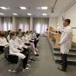 Николай Николаев встретился с учениками школы №31