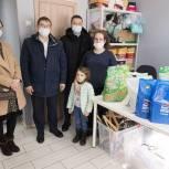 Волонтер-единоросс организовал доставку продуктов на гуманитарный склад Тобольска