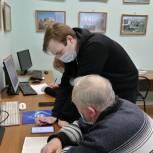 Жуковские единороссы повышают компьютерную грамотность пожилых горожан