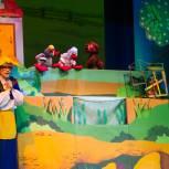В Международный день кукольника магаданскую детвору пригласили в театр кукол