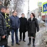 Елена Волкова проверила качество дорог Железнодорожного района