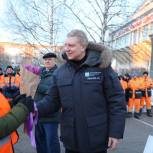 Андрей Иванов поздравил сотрудниц сферы ЖКХ и благоустройства с наступающим 8 марта