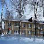 В Рязанском районе восстанавливают кровлю многоквартирного дома