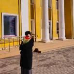 Валентина Миронова посетила Брянский театр кукол