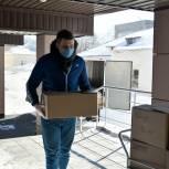 Активисты «Единой России» доставили горячее питание врачам больниц