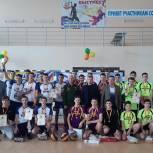 Главными спонсорами Республиканского турнира по волейболу выступили депутаты Юрий Попов и Петр Краснов
