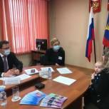 Жителям Кольского района разъяснили меры социальной поддержки