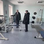 Единороссы помогли обновить спорткомплекс в Тюменском районе
