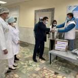Волонтеры «Единой России» рассказали о годовщине открытия первых волонтерских центров