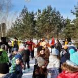 Партийцы поприветствовали участников спортивного праздника «Лыжня Барвихи-2021»