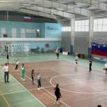 Андрей Воробьев помог приобрести спортивную форму для воспитанников спортцентра в Балашове