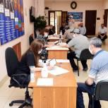 В Махачкале активно проходит очный этап предварительного голосования «Единой России»