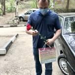 Главный врач 8-й горбольницы Юрий Максимов поздравил ветеранов с Днём Победы