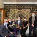 Депутаты-единороссы навестили ветерана Великой Отечественной войны