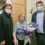 Лариса Лазутина поздравила ветерана войны Зою Груздевич с Днем Победы
