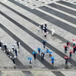 «Молодая Гвардия» и волонтеры «Единой России» поздравили пензенцев с праздником Весны и Труда