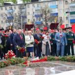 Торжественная церемония в честь Дня Победы состоялась у Монумента воинской и трудовой славы пензенцев