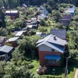 Что делать, если дачный участок соседей зарос сорняками? Разъясняет Олег Валенчук
