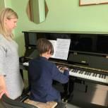 Сасовская школа искусств получила семь новых пианино