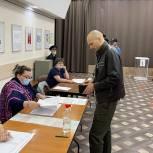 Дмитрий Голубков проголосовал на участке в Культурном центре «Барвиха»