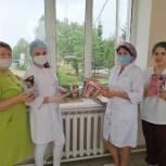 «Единая Россия» пополнила библиотечный фонд больниц в Калтасинском районе Башкирии